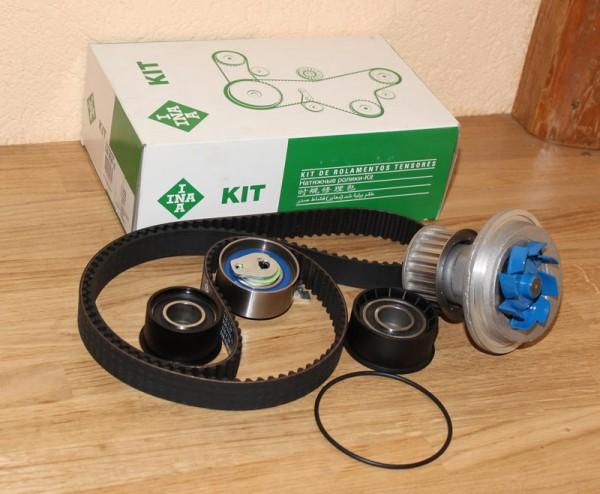 Zahnriemen Zahnriemensatz INA inkl. Wasserpumpe SKF für Opel mit C20XE C20LET 2,0 16V Motor ab Motornummer EAN: 4005108305374